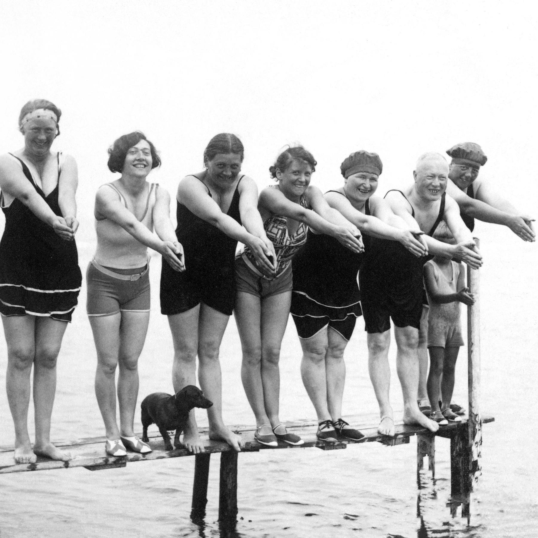 #01 Badesitten - Lebensfreude und Prüderie