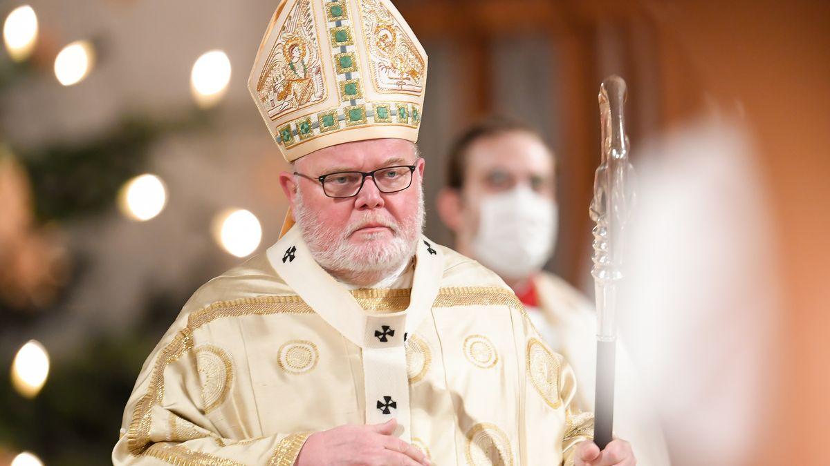 Kardinal Marx wird einen Gottesdienst für die Opfer der Corona-Pandemie in der Frauenkirche feiern.