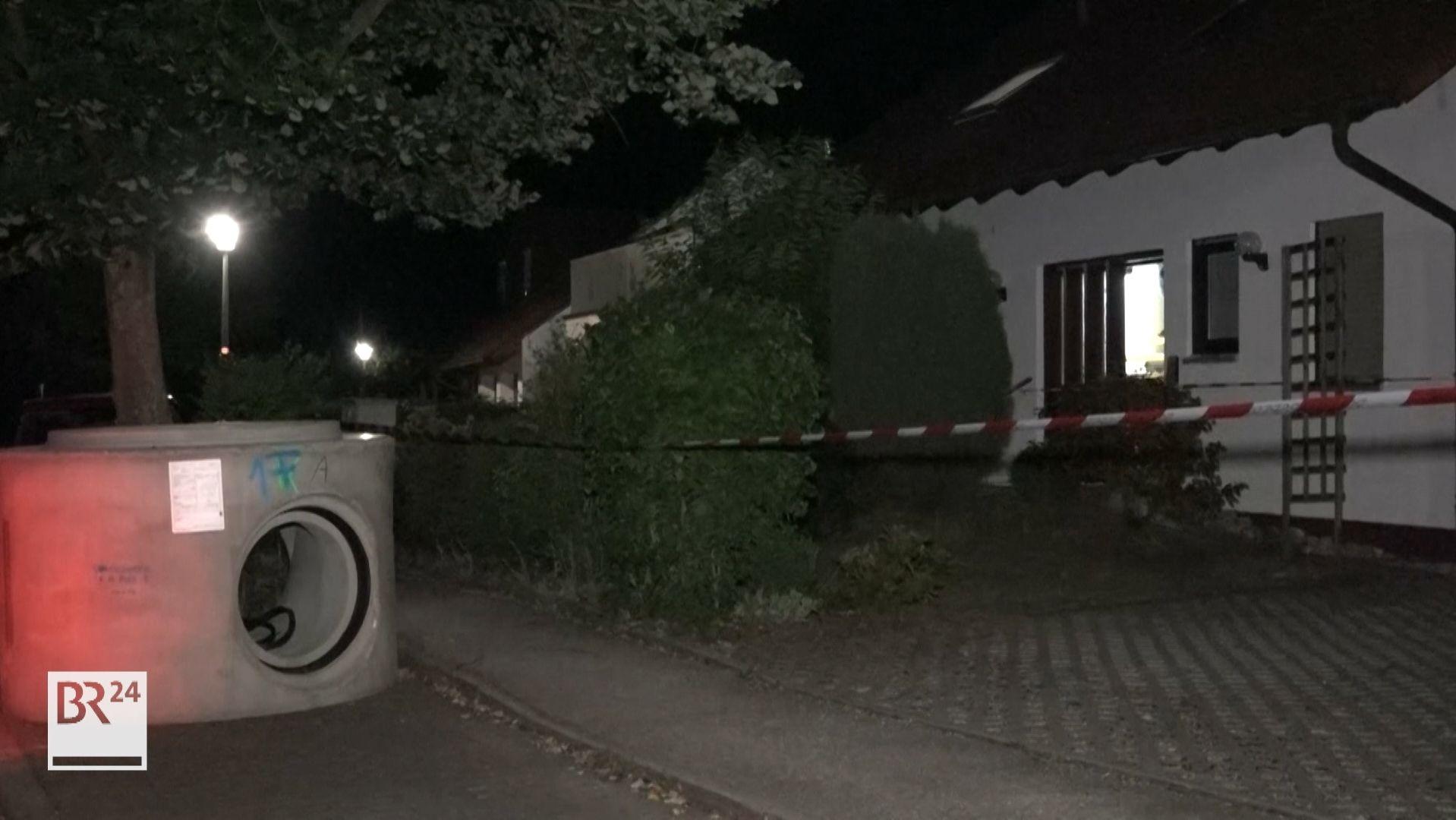 Ein Mann ging in diesem Haus mit einer Metallstange auf seinen Vermieter los