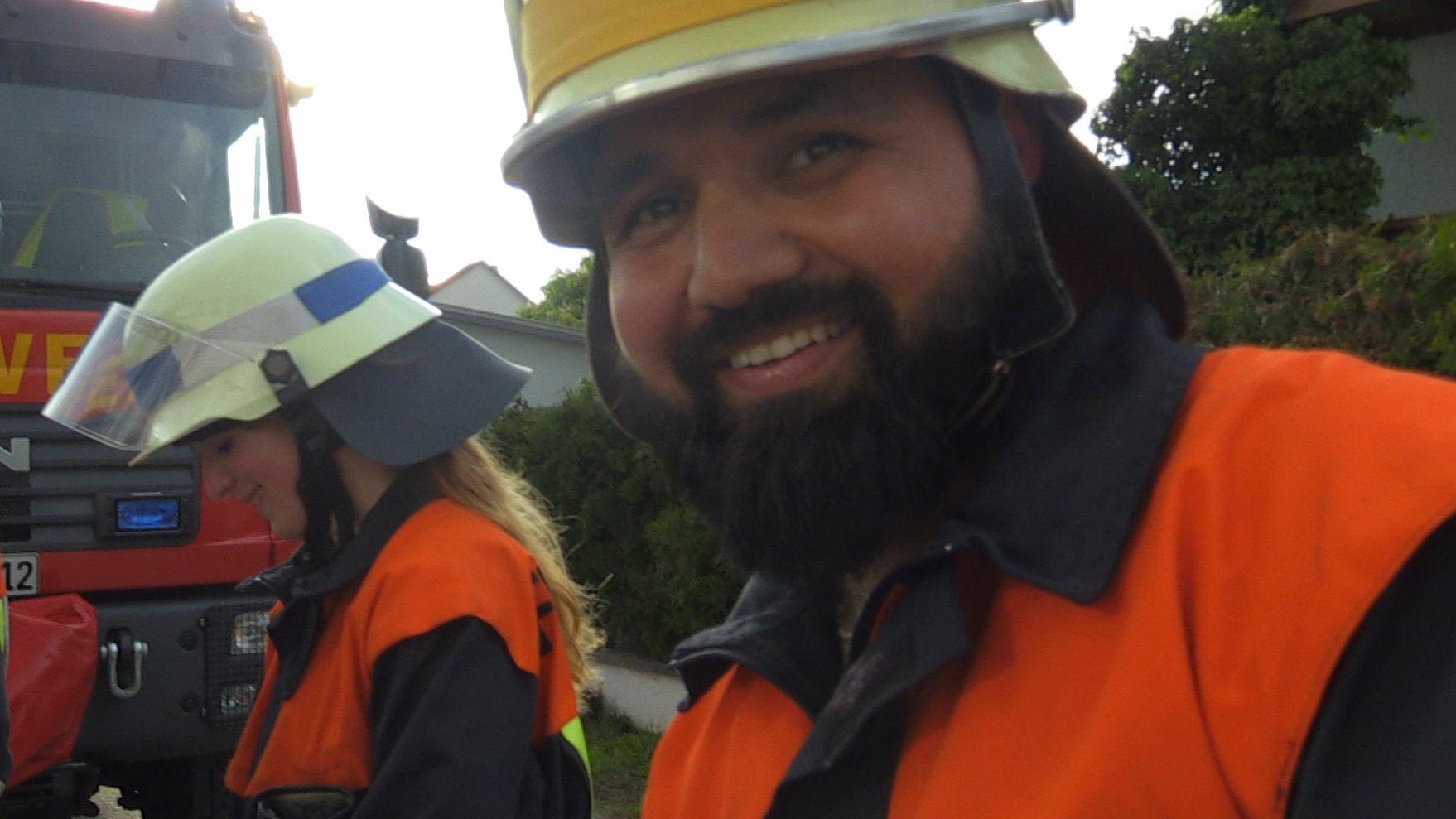 Walid aus Syrien engagiert sich bei der Freiwilligen Feuerwehr in Oberwildenau