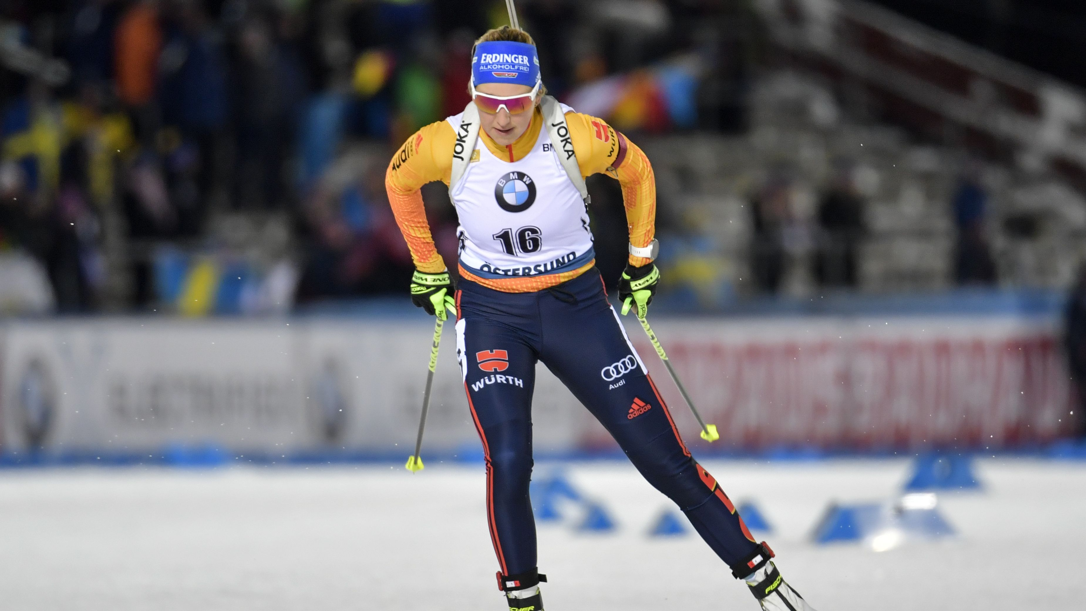 Franziska Preuß im Weltcup-Rennen auf Platz Zwölf