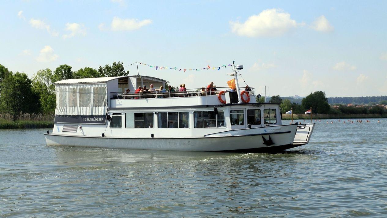 Die MS Altmühlsee auf dem Wasser