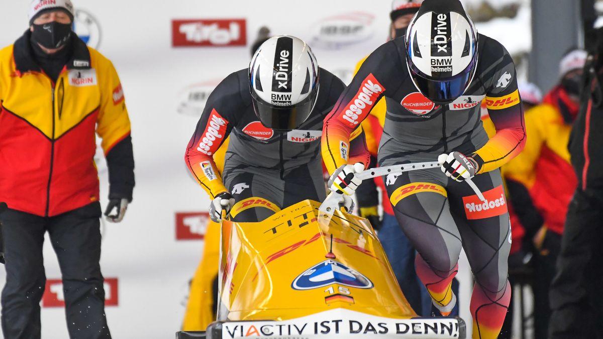 Zweierbob-Team mit Pilot Johannes Lochner in Innsbruck
