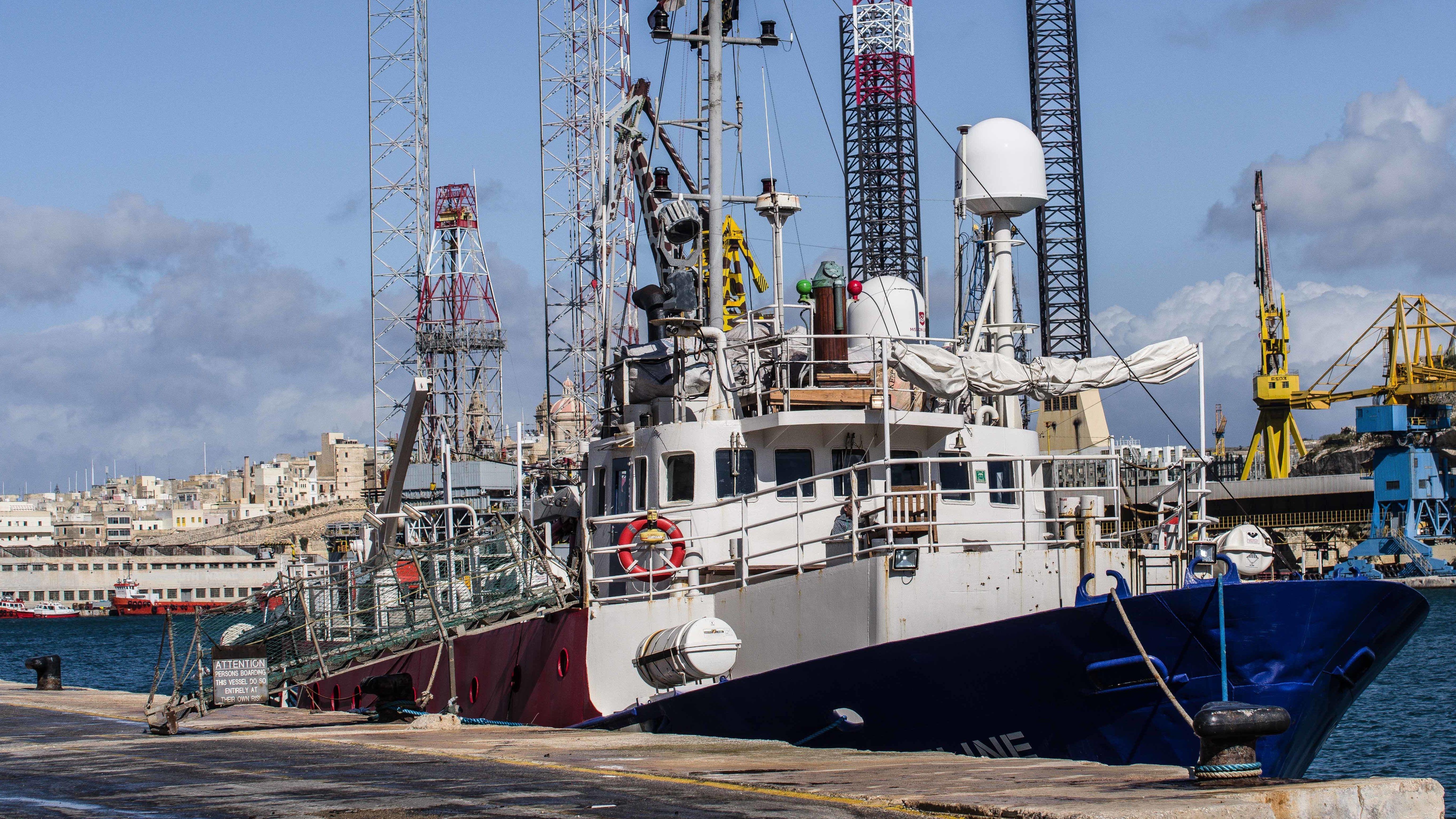 Mai 2019: Rettungsschiff in Hafen von Valetta, Malta