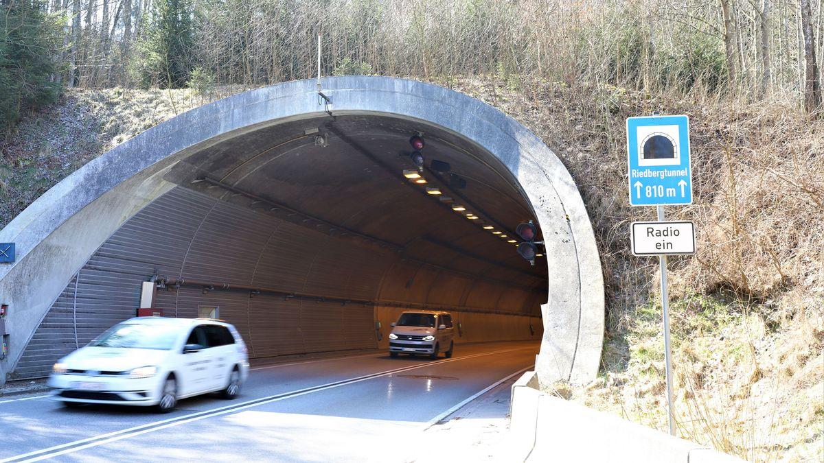 Der B11-Riedbergtunnel in Regen