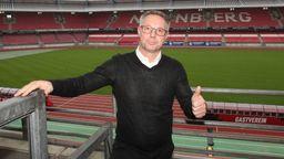 Der neue Club-Trainer Damir Canadi im Nürnberger Stadion | Bild:imago images/Zink