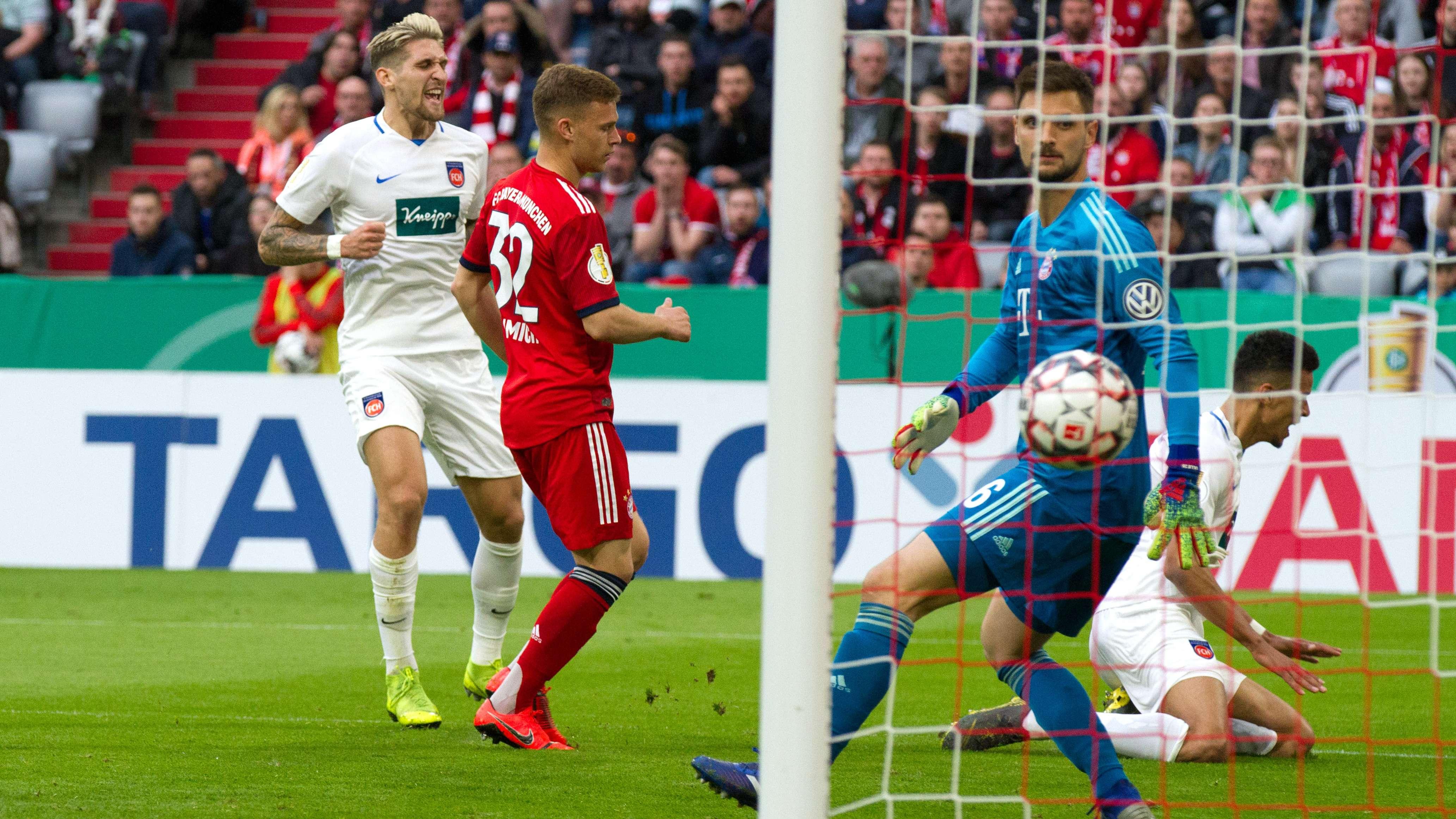 Spielszene FC Bayern München - 1. FC Heidenheim