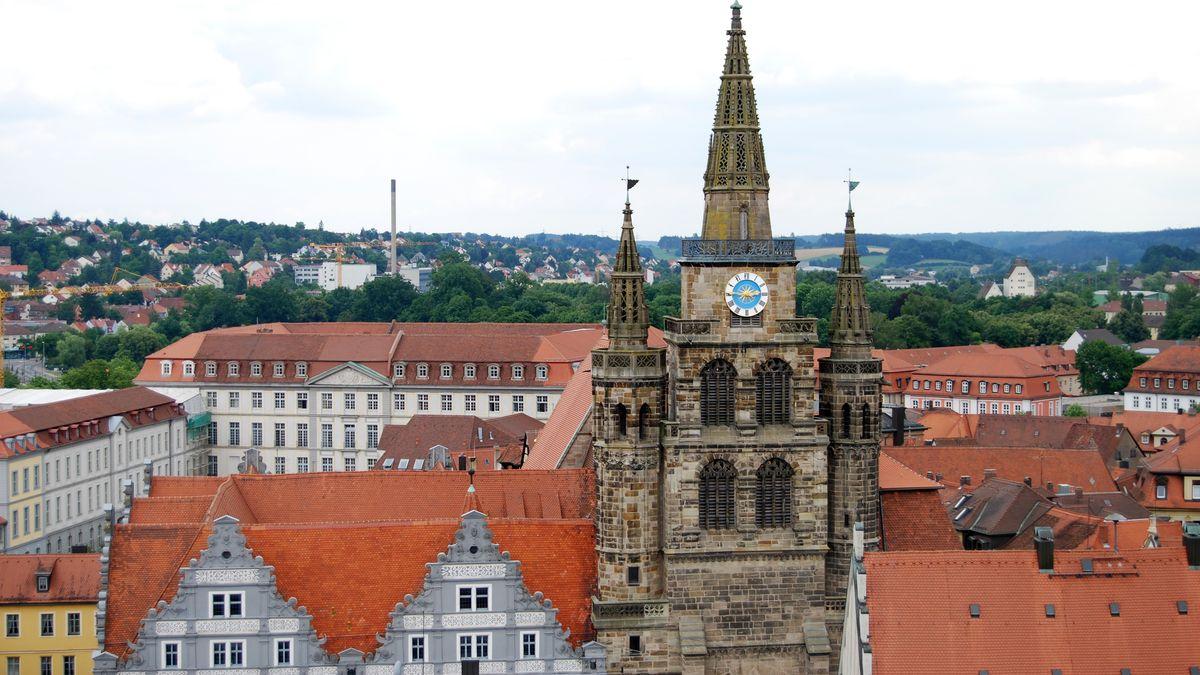 Blick auf die Ansbacher Altstadt mit St. Gumbertus.