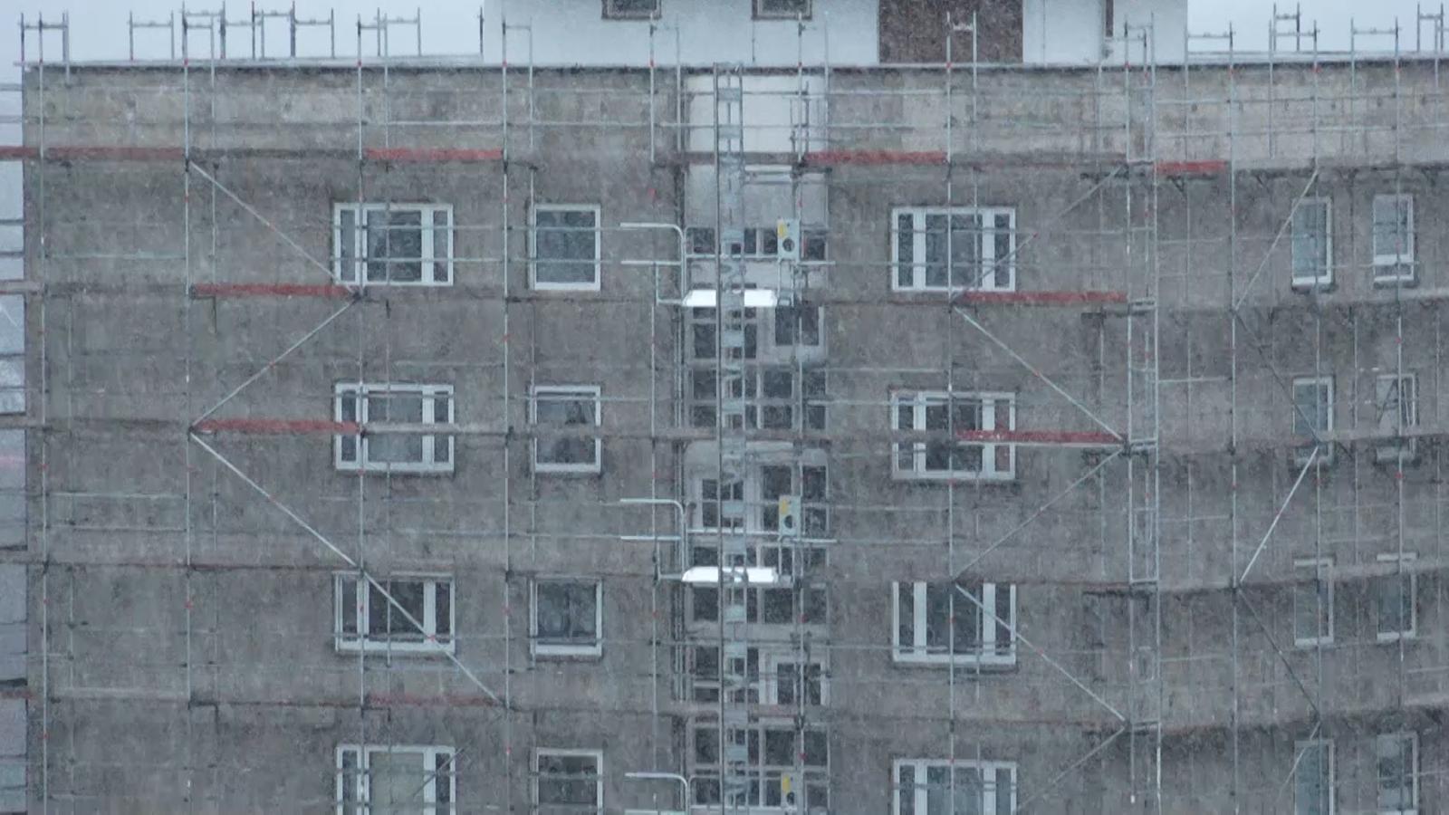 Gut bekannt Vonovia wegen Schimmel-Hochhäusern unter Druck | BR24 KB88