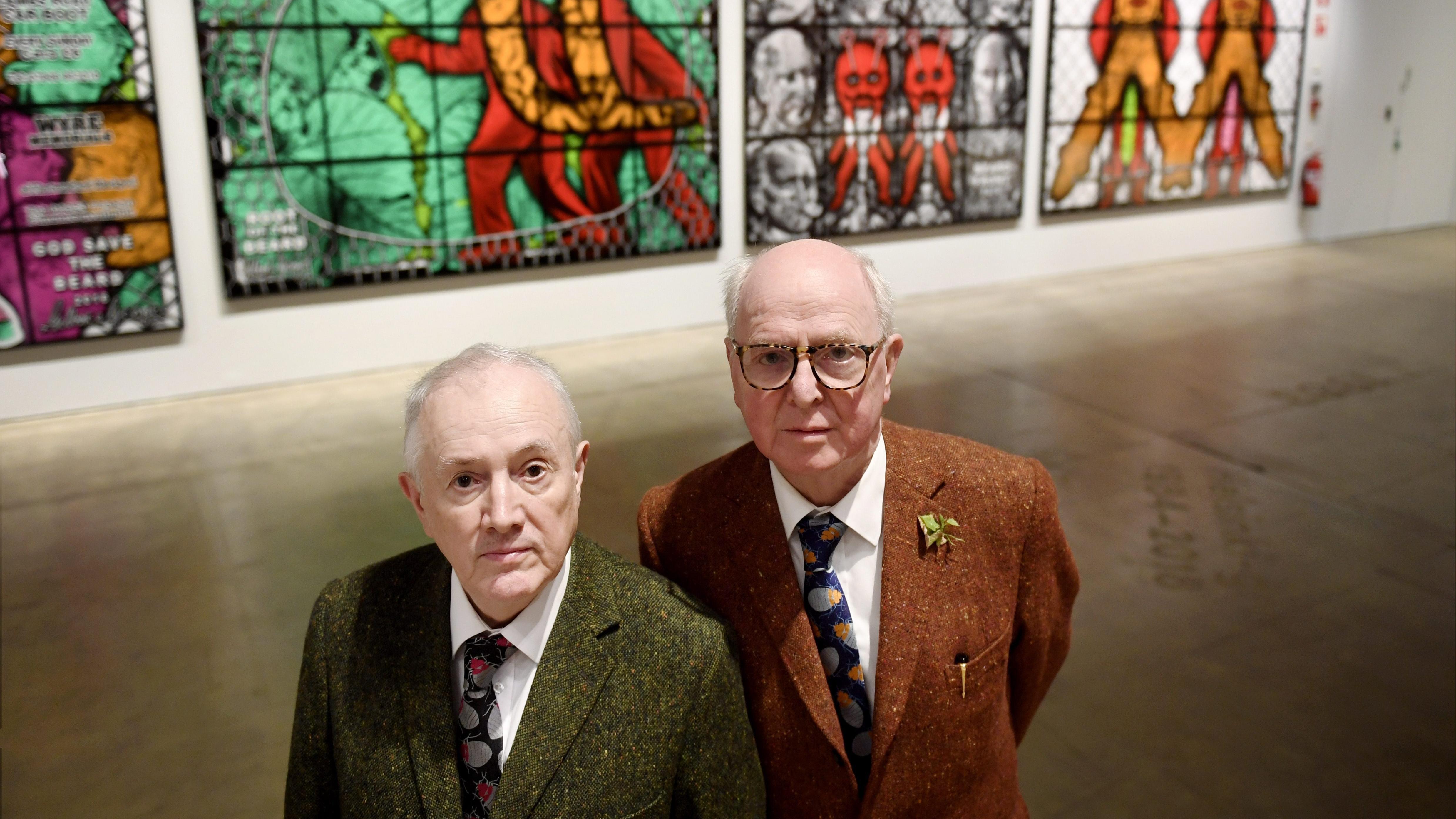 """Das britische Künstler-Duo Gilbert & George (Gilbert Prousch (L), George Passmore) bei der Eröffnung von """"The Major Exhibition"""" im Helsinki Art Museum HAM 2018"""