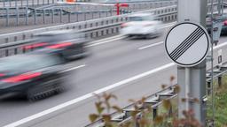 Autobahn ohne Geschwindigkeitsbegrenzung | Bild:dpa-Bildfunk / Sebastian Gollnow