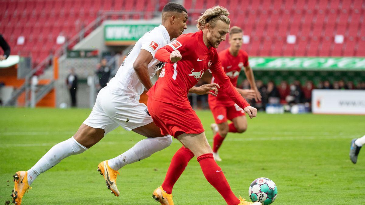 Spielszene FC Augsburg - RB Leipzig