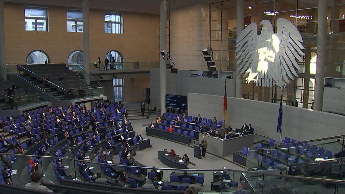 Der Deutsche Bundestag (Innenansicht).