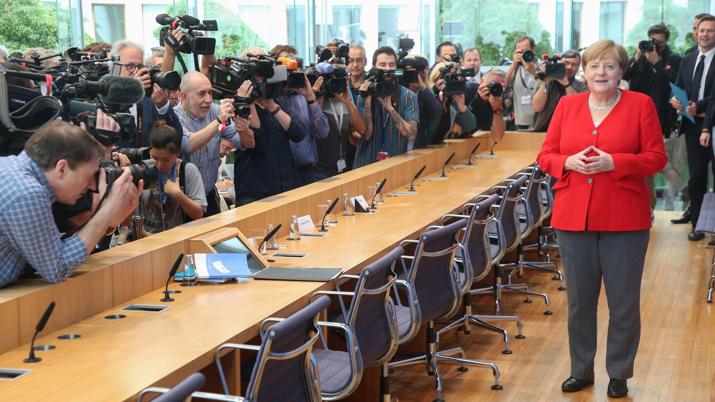 Bundeskanzlerin Angela Merkel stellte sich traditionell vor ihrer Sommerpause den Fragen von Journalisten in der Bundespressekonfernz.