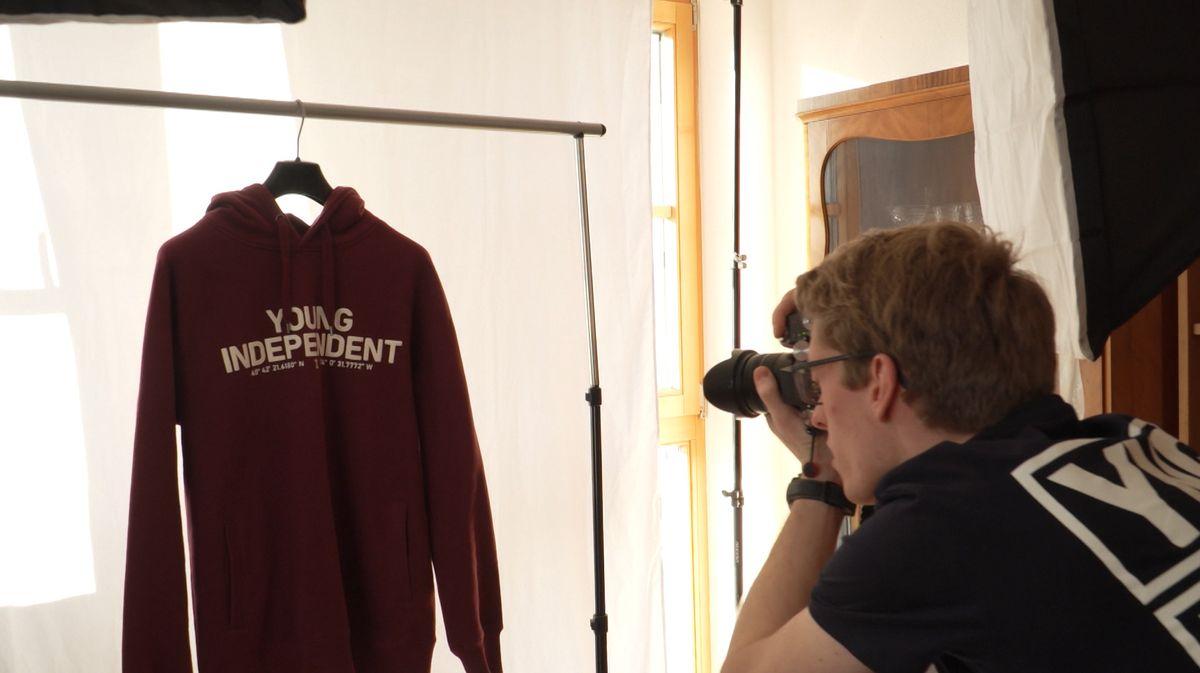 """Die beiden Grüner shooten für ihr Label """"Young Independent"""""""