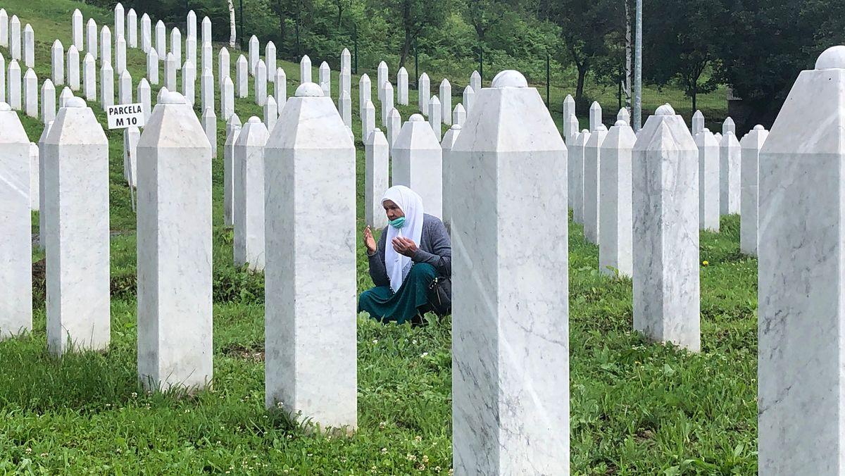 Friedhof in Potocari, Gräber