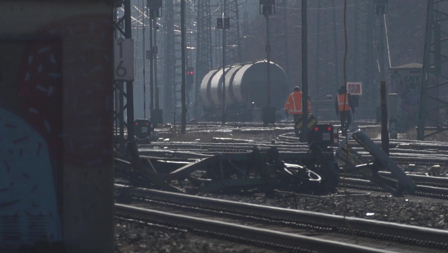 Waggons eines Güterzugs am Bahnhof Augsburg-Oberhausen