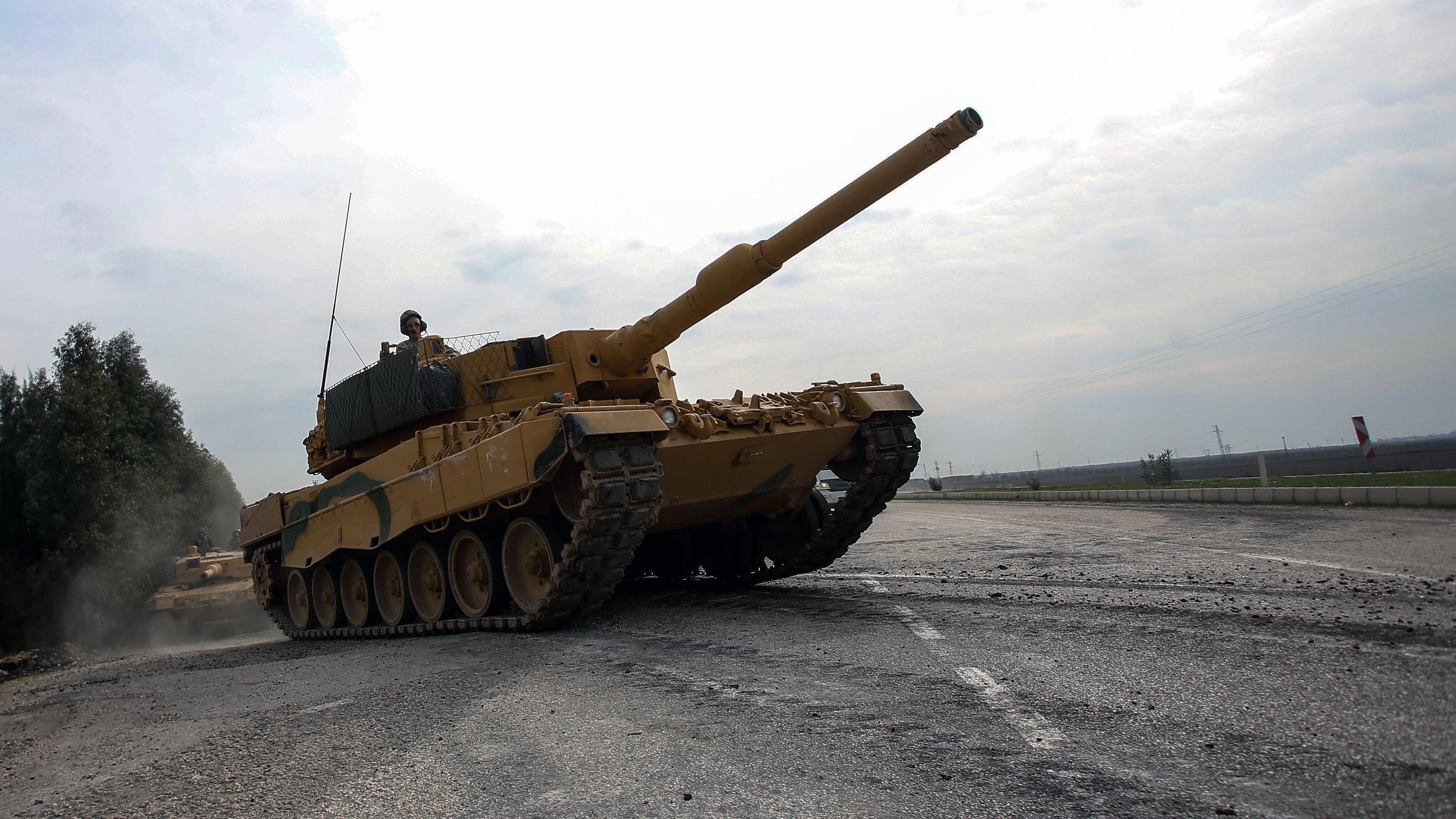 Ein deutscher Panzer Leopard 2A4 der türkischen Armee