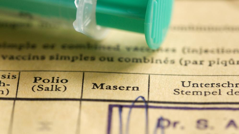 Impfbuch    Bild:dpa/pa/Eibner-Pressefoto