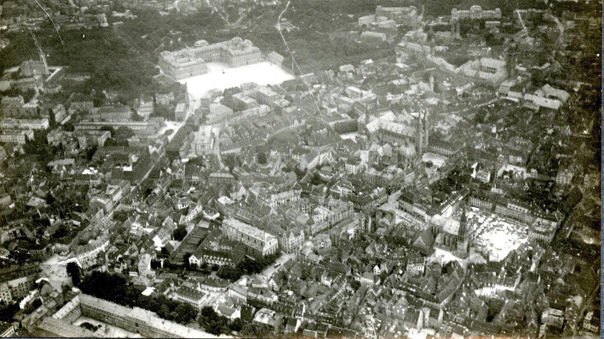 Zeppelin Museum entdeckt alte Luftbilder aus Unterfranken: Würzburg in den 1910er Jahren