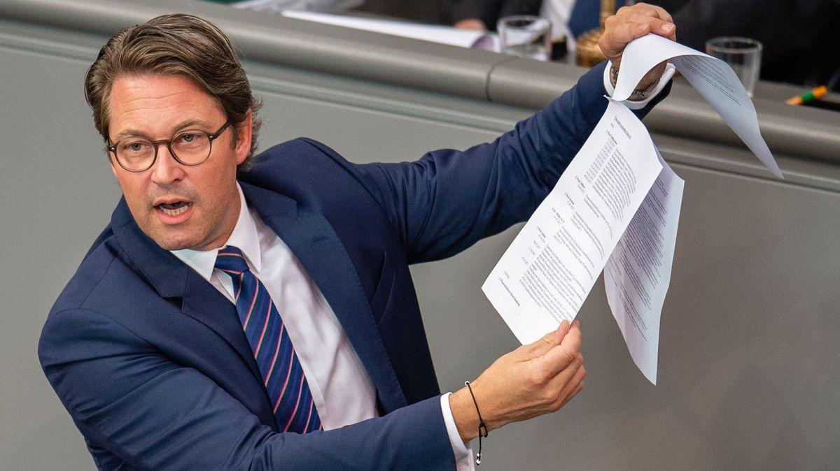 Archivbild: 26.06.2019, Berlin: Andreas Scheuer (CSU), Bundesverkehrsminister, spricht bei der aktuellen Stunde zum Scheitern der PKW-Maut im Deutschen Bundestag.