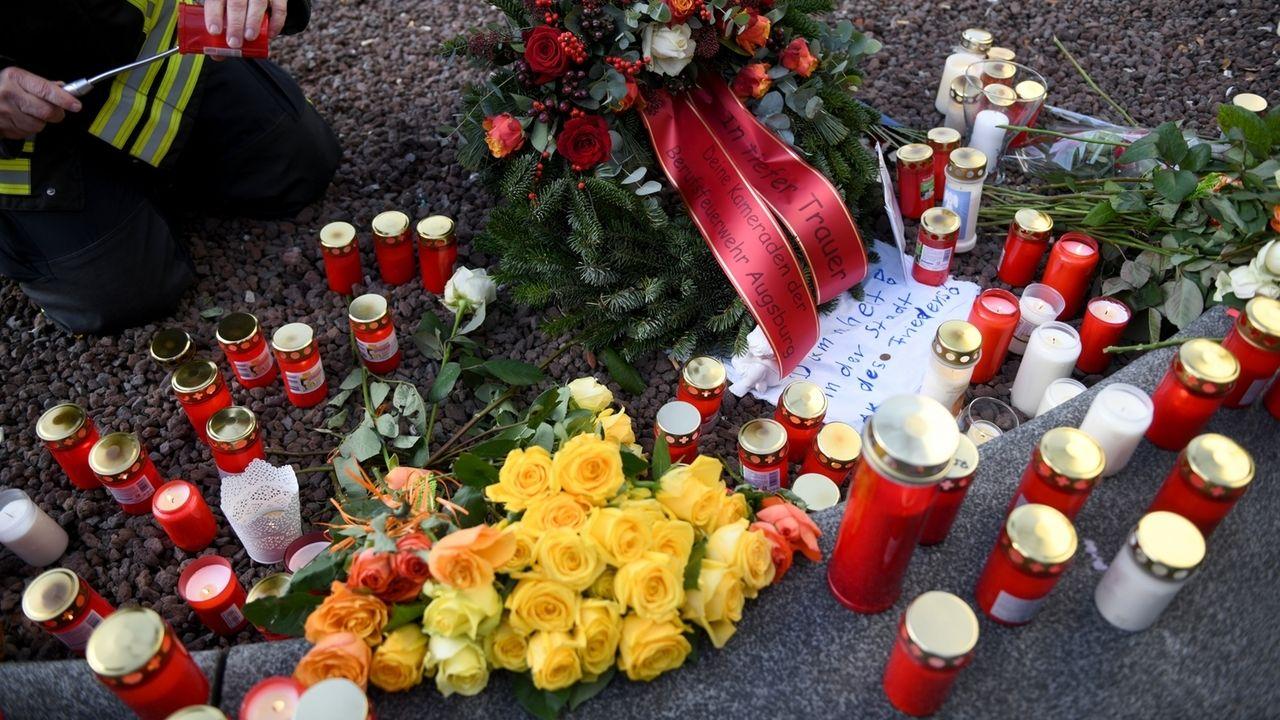 Tötungsfall Augsburg - Trauer am Königsplatz