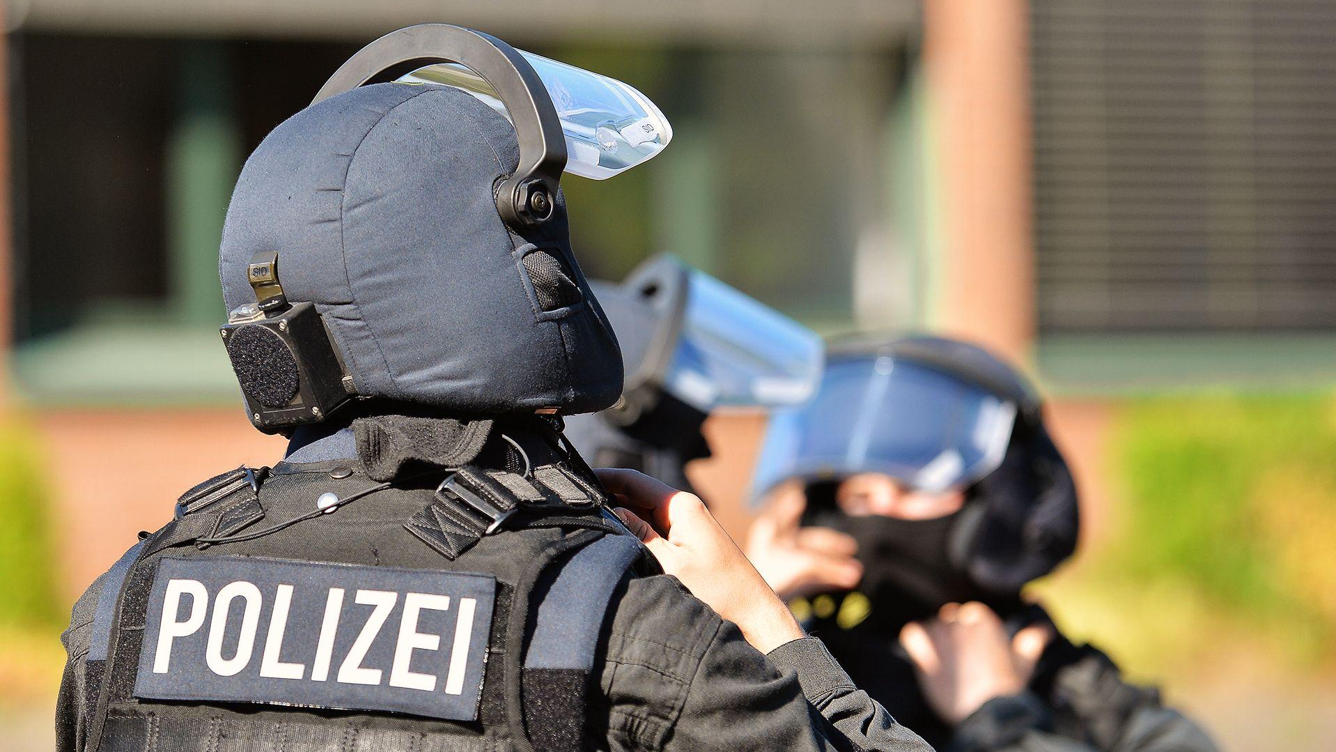 Symbolbild: Mitglieder eines Spezialeinsatzkommandos der Polizei