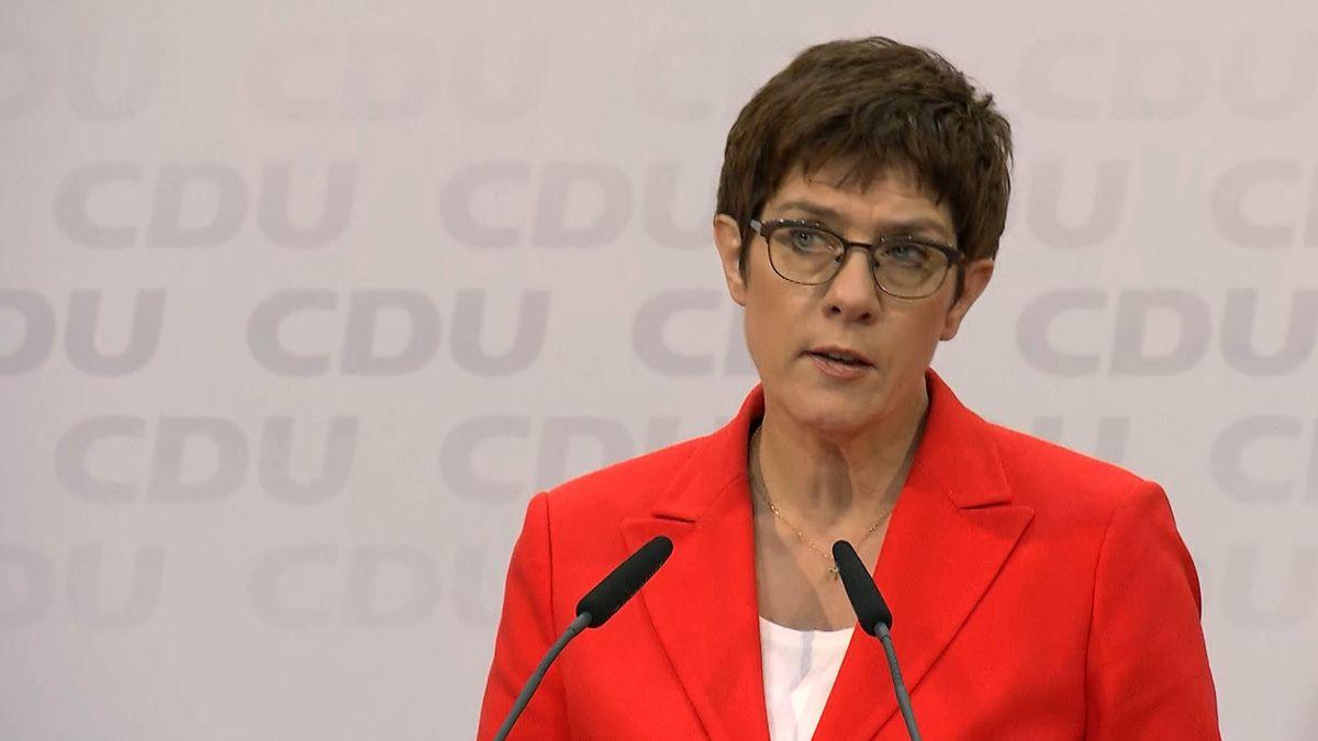 Kramp-Karrenbauer zu Wahl in Thüringen