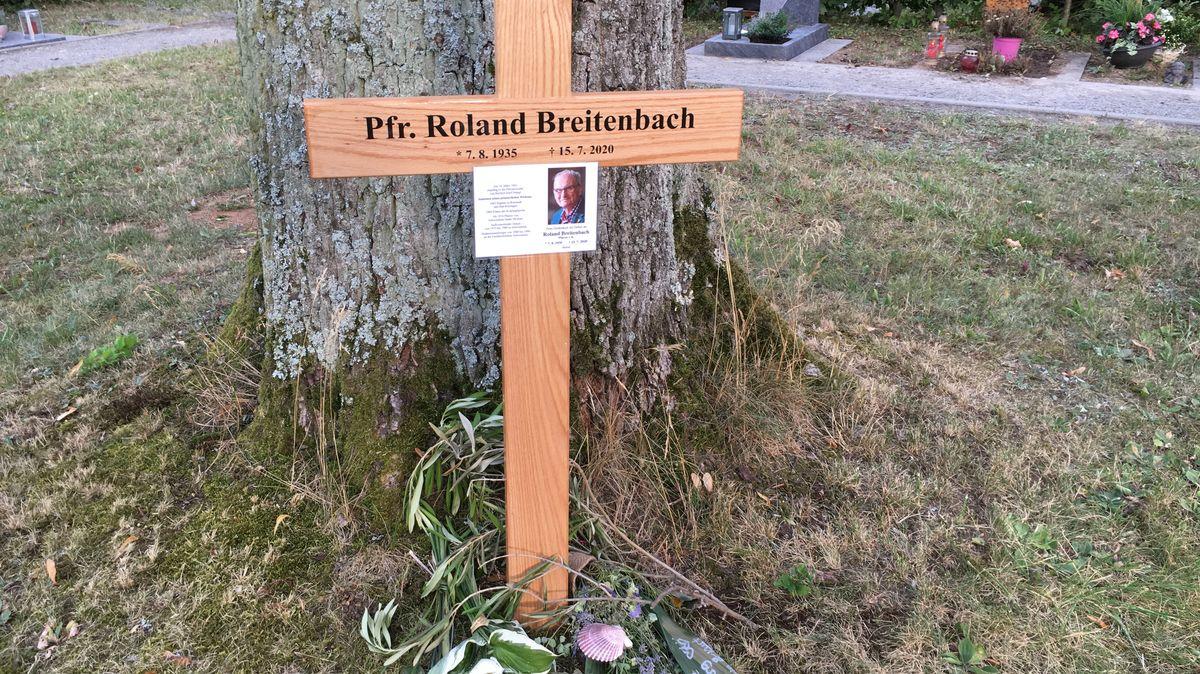 Pfarrer Roland Breitenbach in Schweinfurt beigesetzt