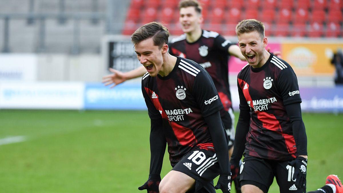 FC Bayern II jubelt über seinen Sieg