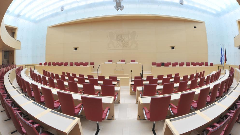 Der Sitzungssaal des Bayerischen Landtags | Bild:picture alliance