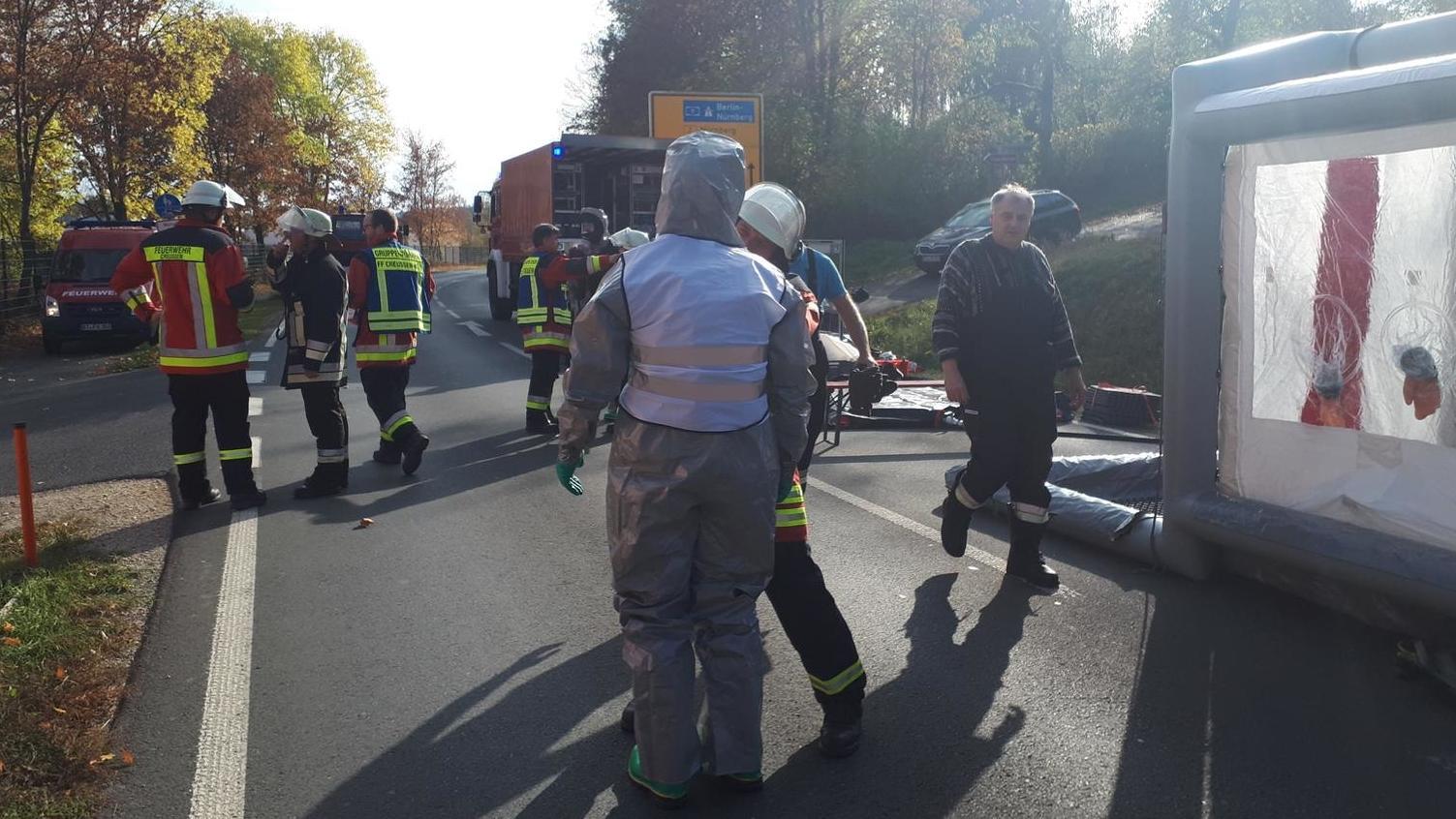 Feuerwehr im Einsatz vor dem Pegnitzer CabrioSol (Lkr. Bayreuth)