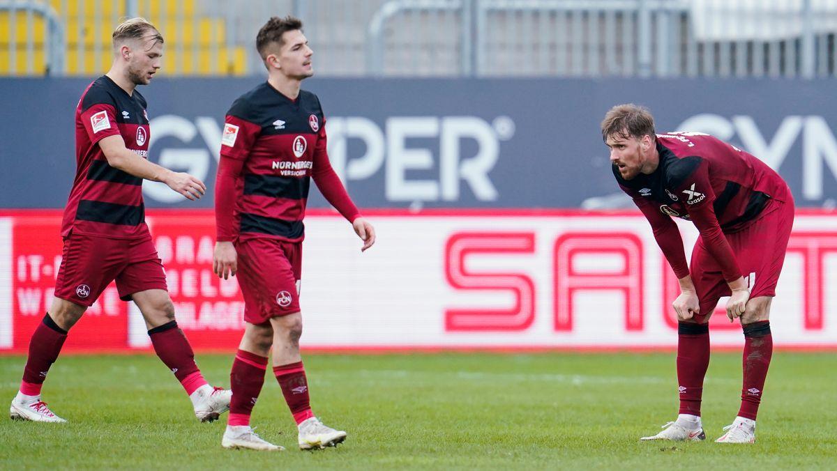 Spieler des 1. FC Nürnberg ratlos