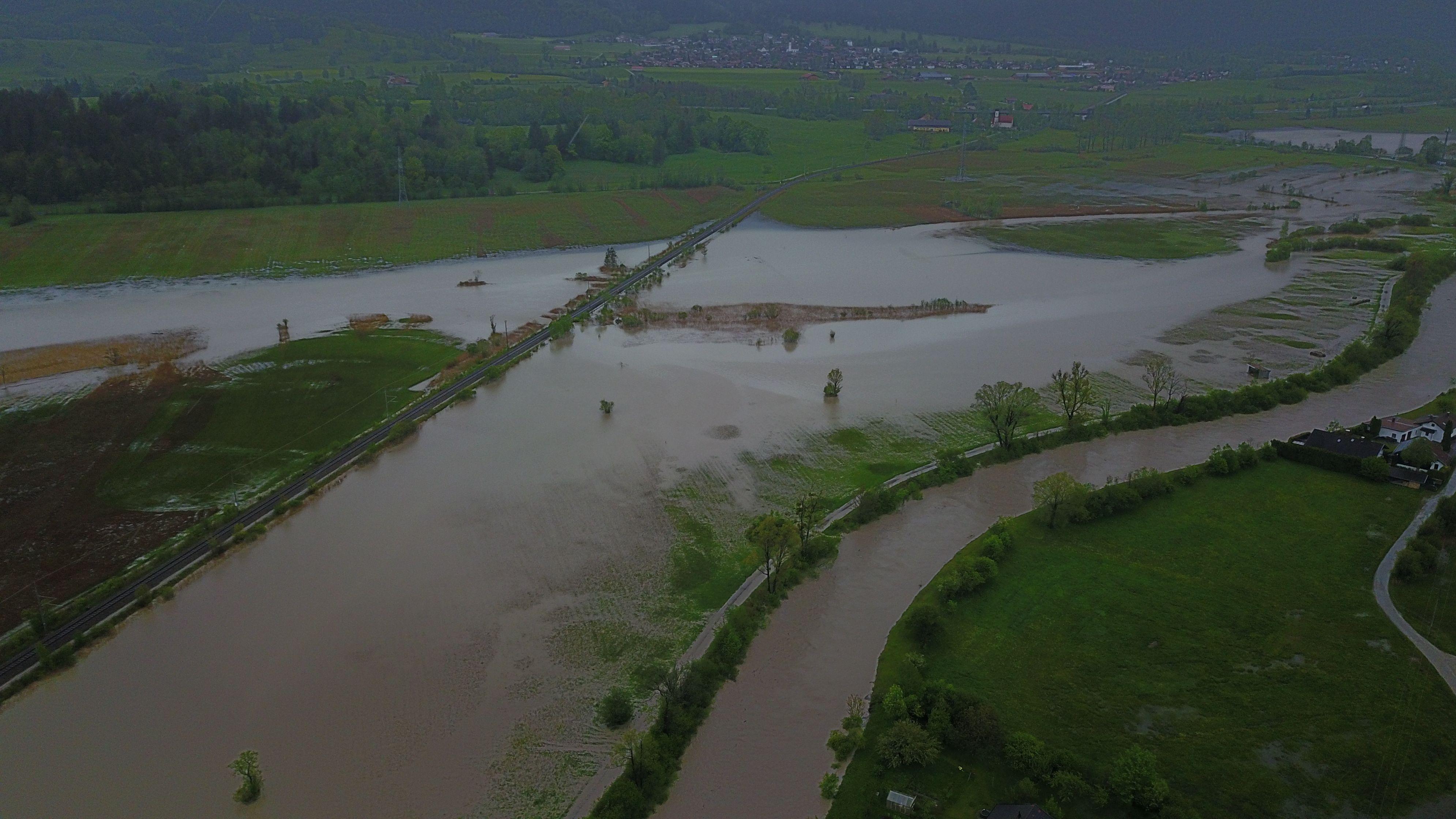 Luftbild: Überflutungen im Murnauer Moos