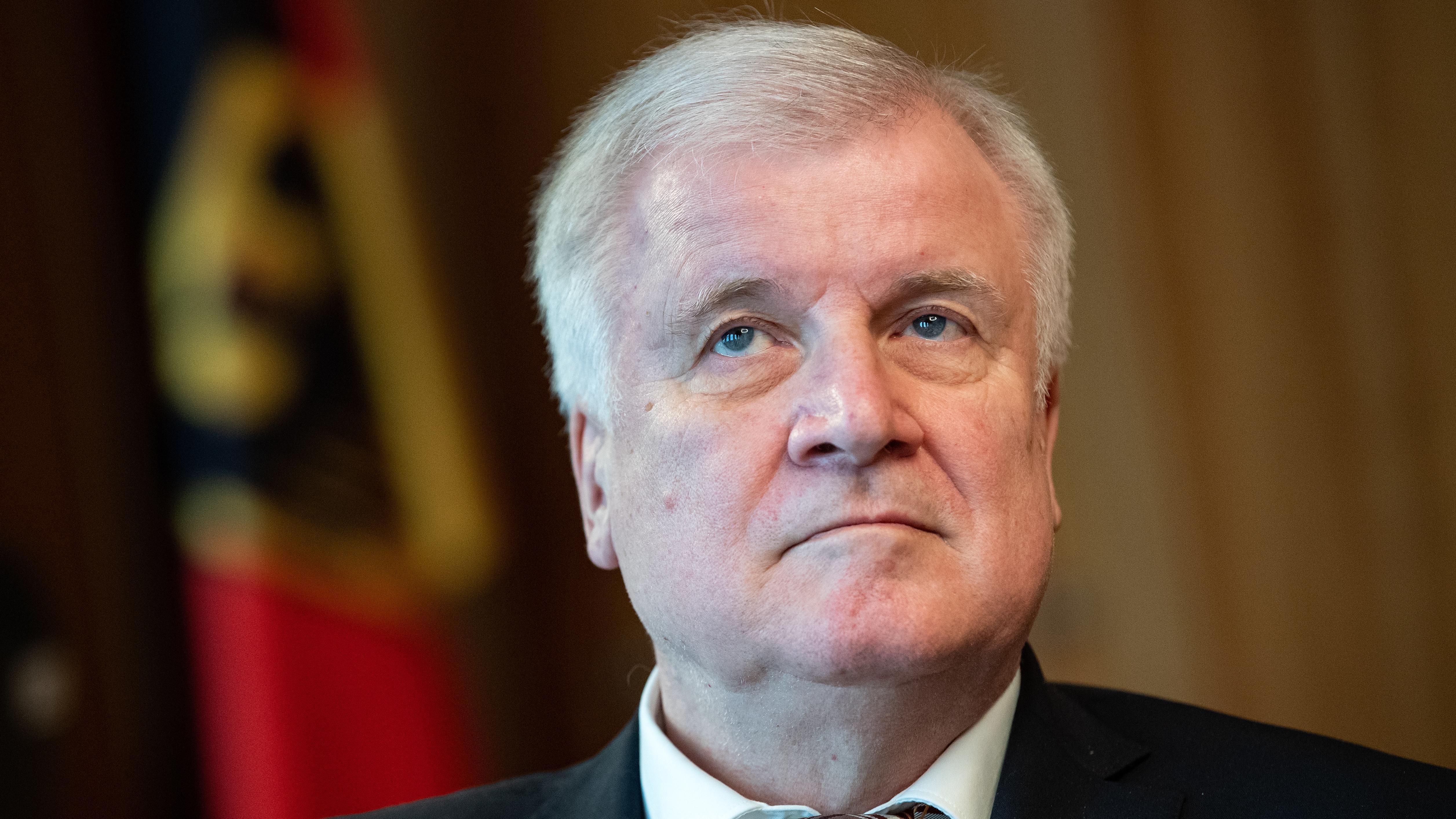 Nahaufnahme von Bundesinnenminister Horst Seehofer