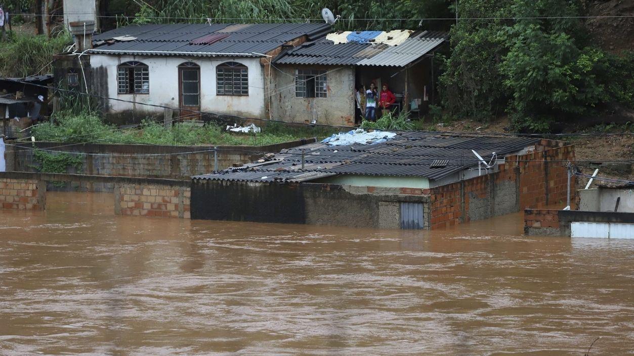 Mindestens 44 Tote bei Überschwemmungen in Brasilien