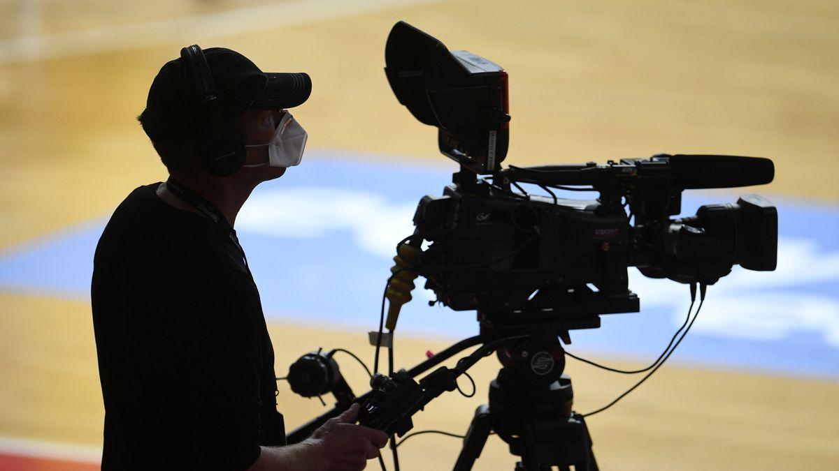Symbolbild Kameramann Liveübertragung