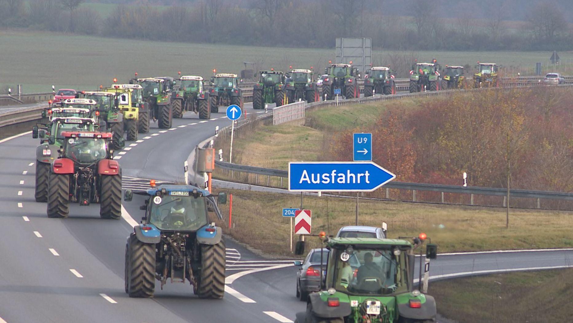 Traktoren auf dem Weg nach Berlin