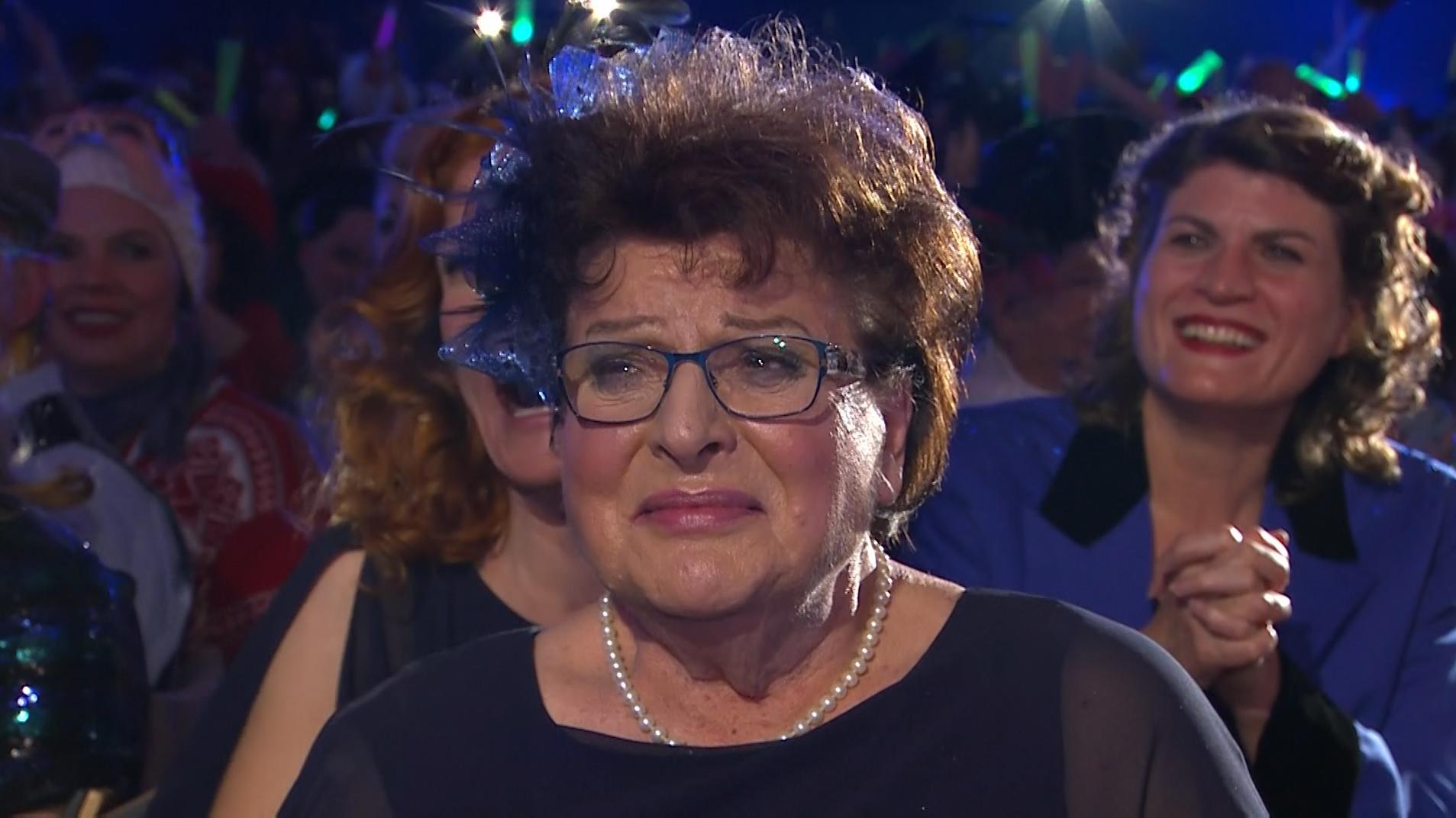 """Barbara Stamm: Tränen der Rührung bei der """"Fastnacht in Franken"""""""