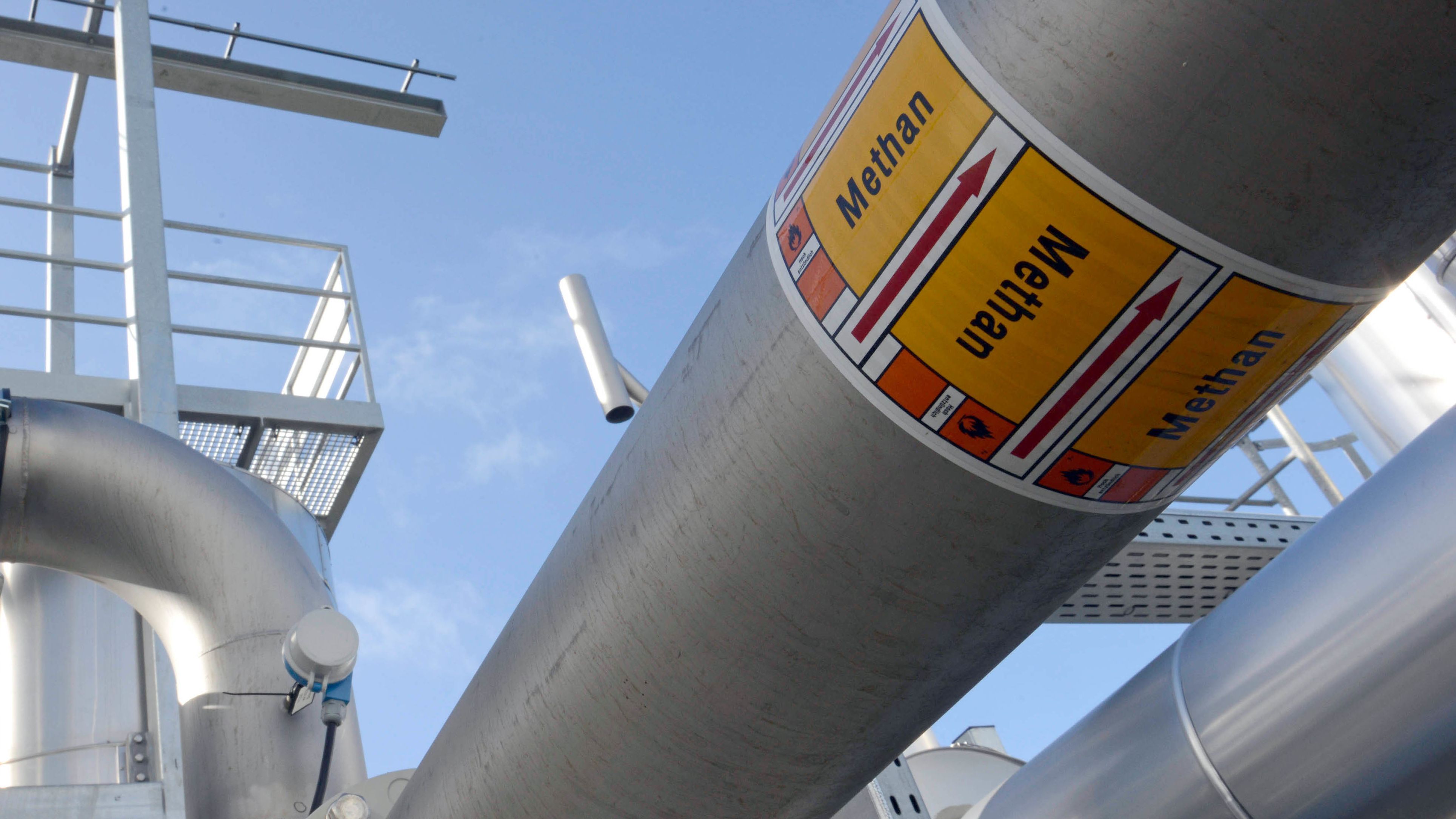Methangas kann gespeichert oder ins konventionelle Erdgasnetz eingespeist werden. Das macht das Verfahren interessant für die Energiewende.