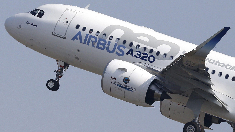 Airbus A320 hebt ab.