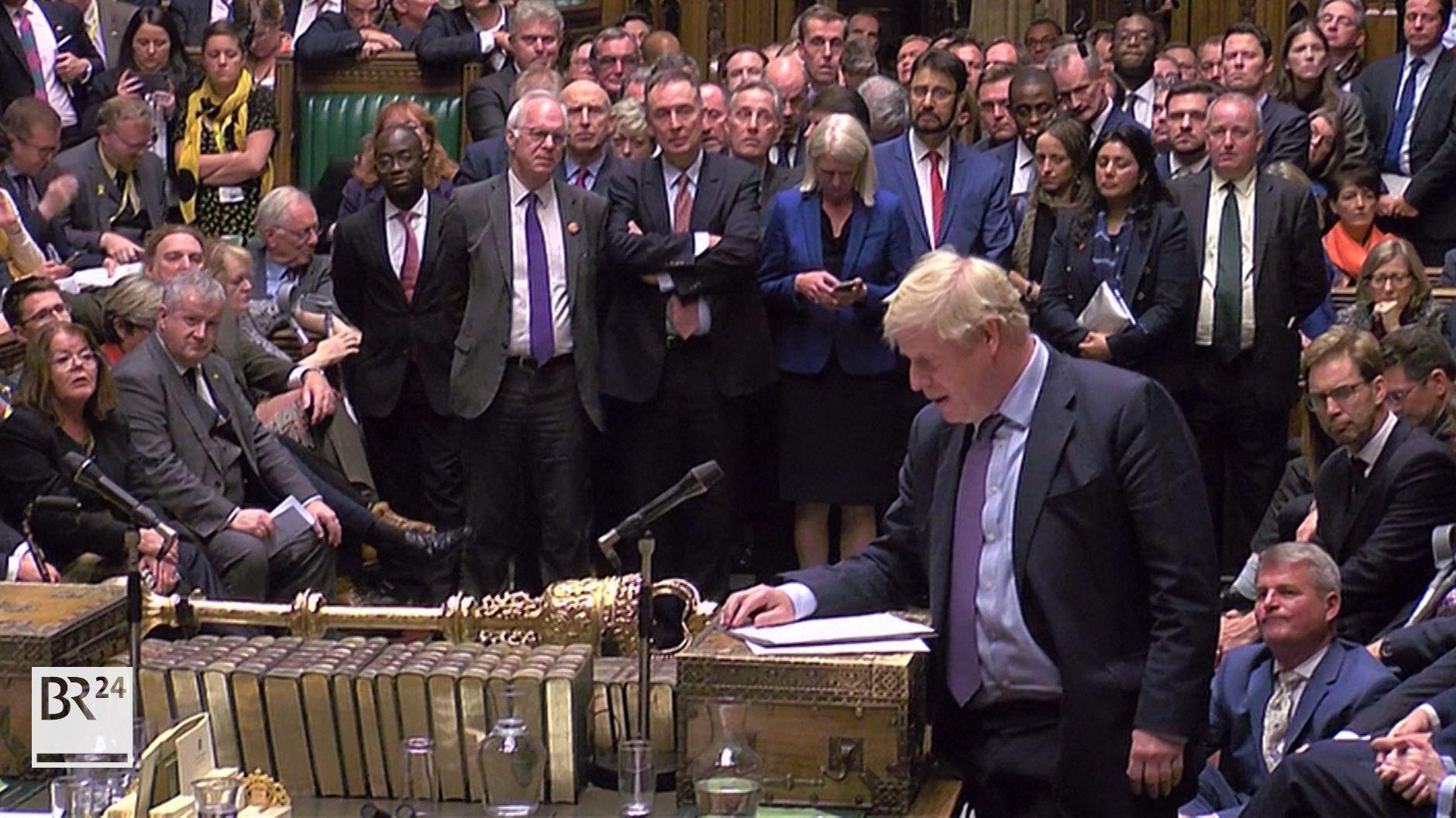 Boris Johnson spricht im britischen Parlament