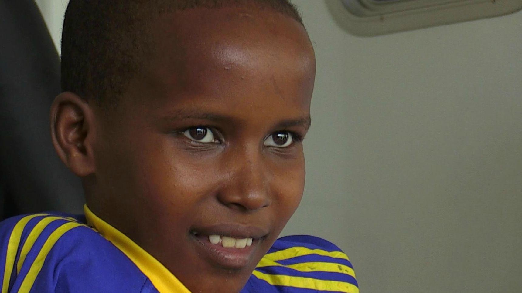 Der zwölfjährige Massai Junge Safari