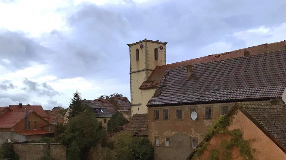 Kirchturm Stadelschwarzach   Bild:Feuerwehr