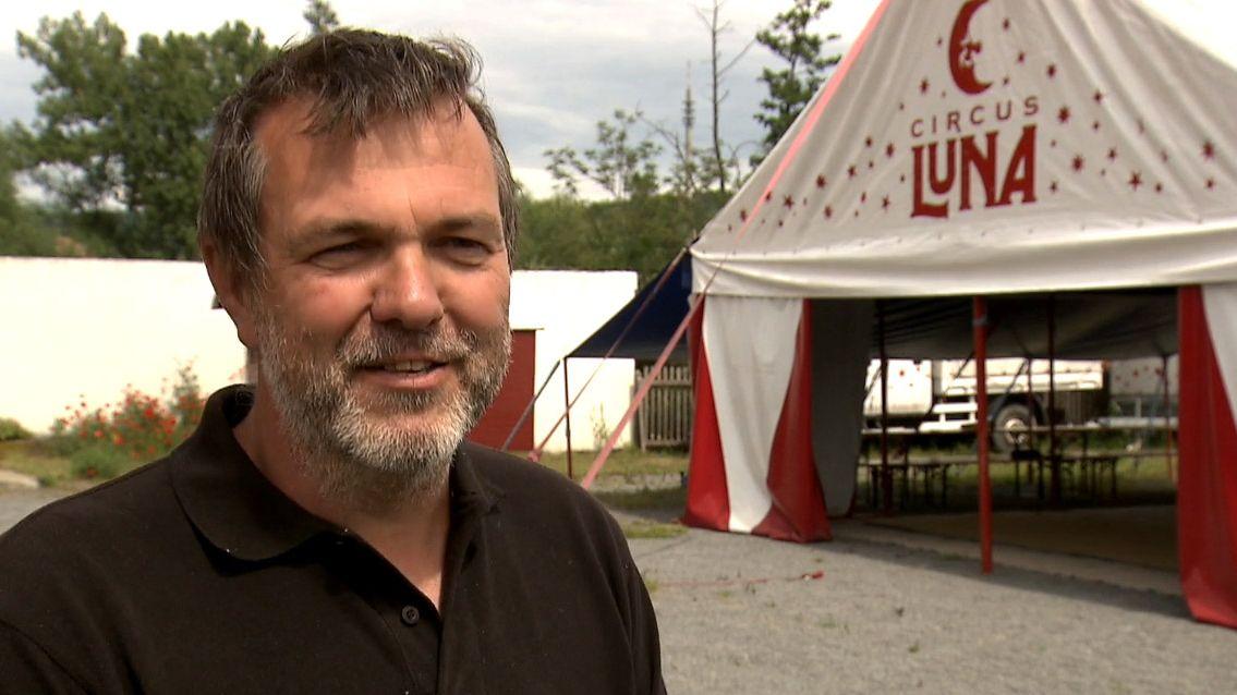 Peter Bethäuser, Direktor des Circus Luna