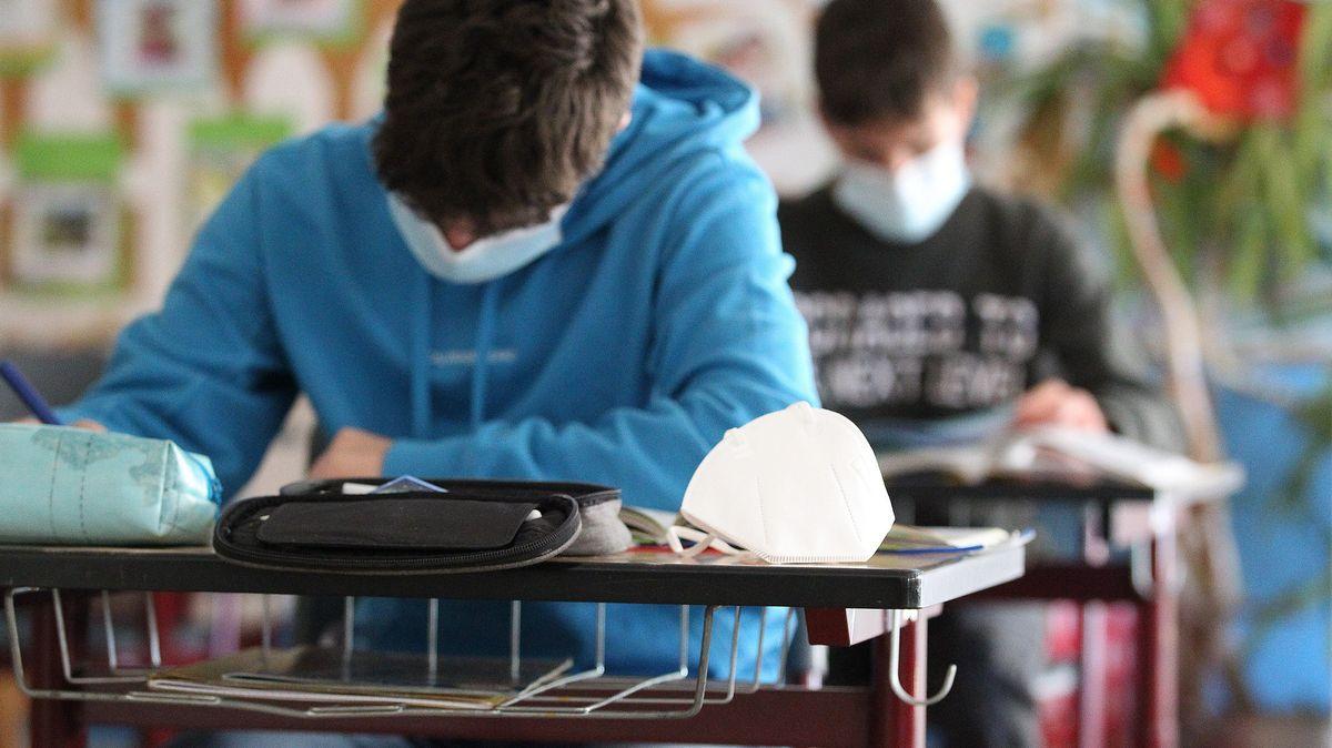Archivbild: Schüler im Unterricht