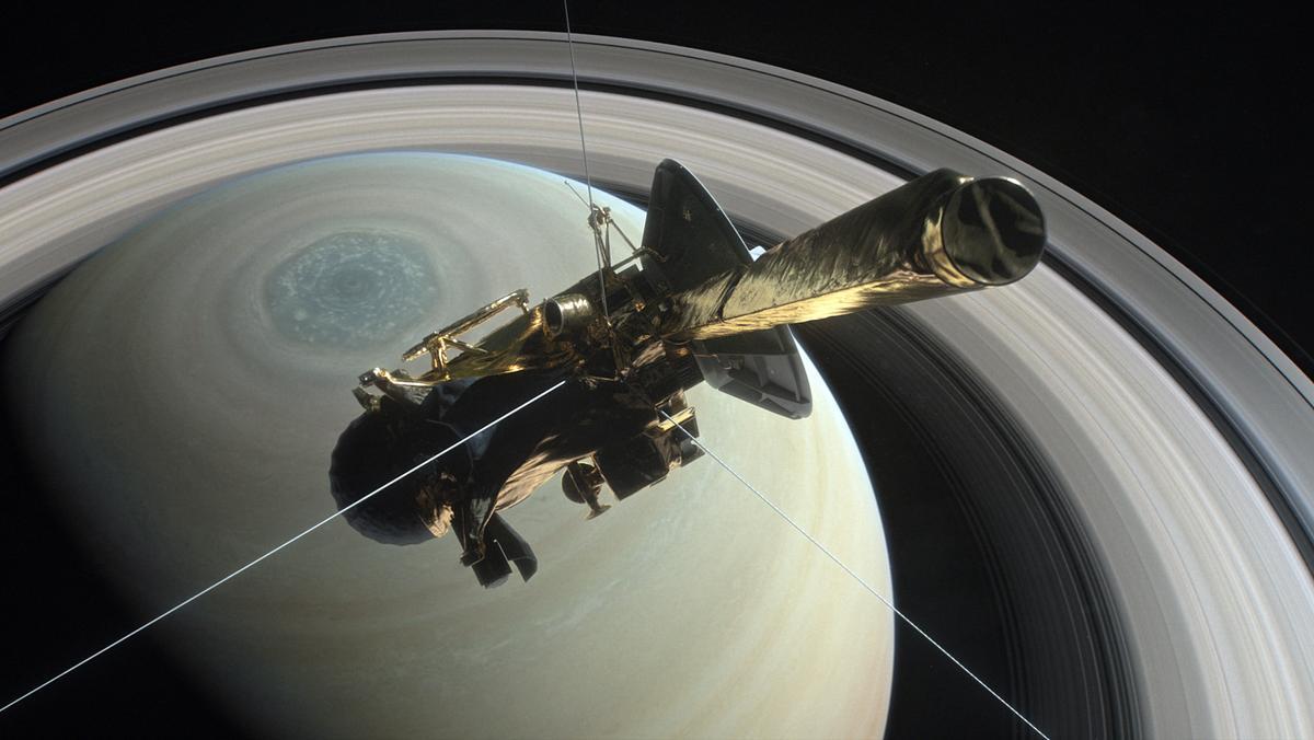 Die Nasa-Sonde Cassini  sammelte Daten aus der Lücke zwischen dem innersten Ring und der Saturn-Oberfläche.