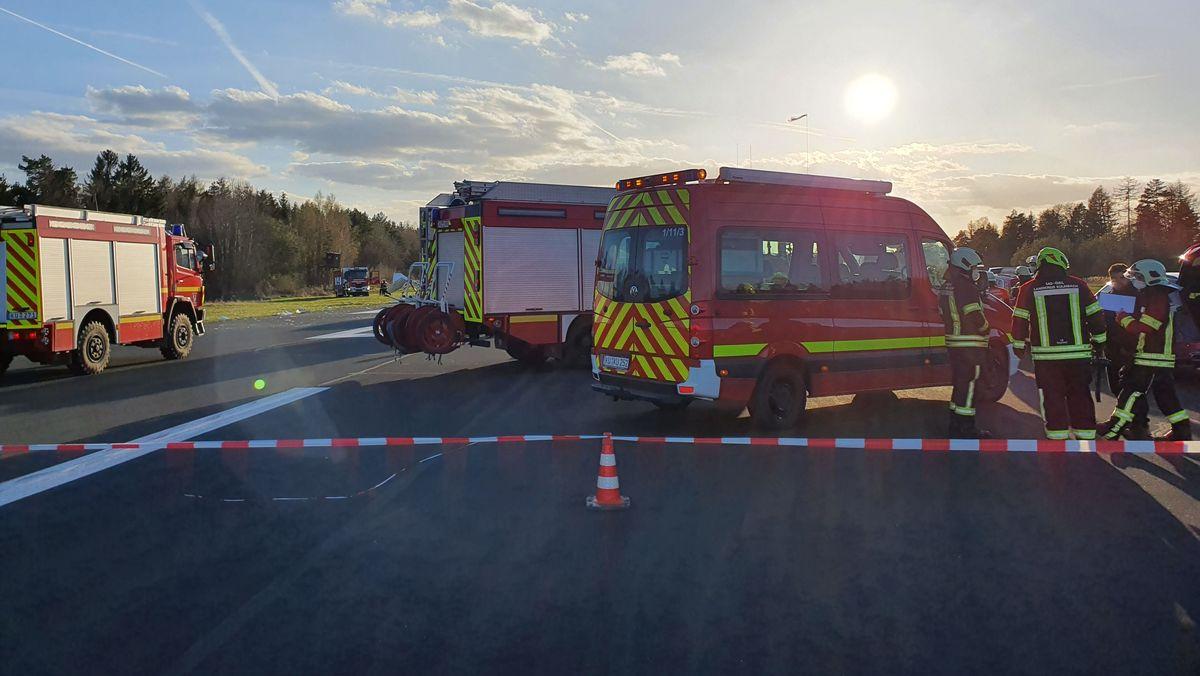 Im oberfränkischen Kulmbach ist am Donnerstag ein Sportflugzeug abgestürzt.