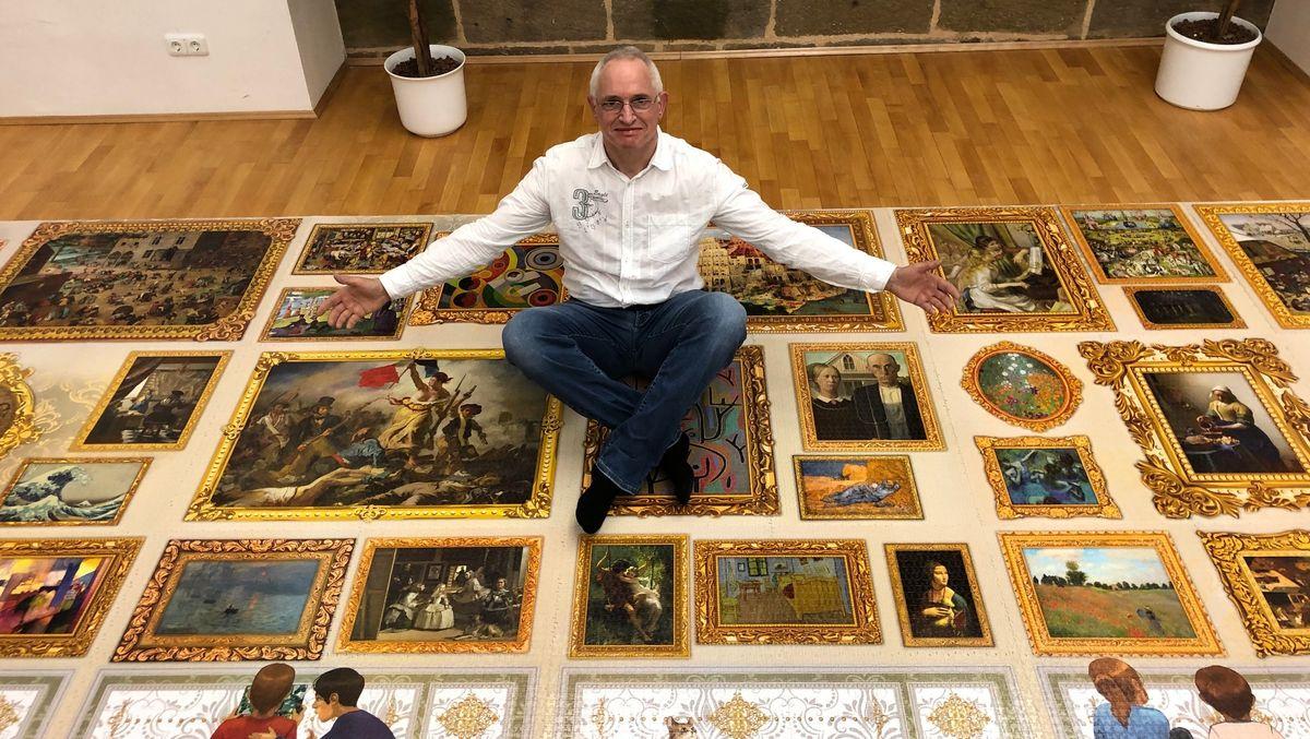 Viereinhalb Monate hat Peter Schubert aus Hallerndorf an einem 54.000 Teile Puzzle gearbeitet.