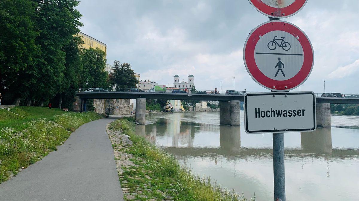 Warnschild am Passauer Innufer